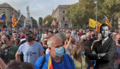 L'independentisme perd pistonada en la manifestació contra Felip VI