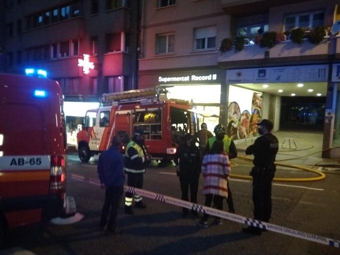 Dos ferits en un incendi d'un bloc de pisos de l'avinguda Miterrand d'Encamp