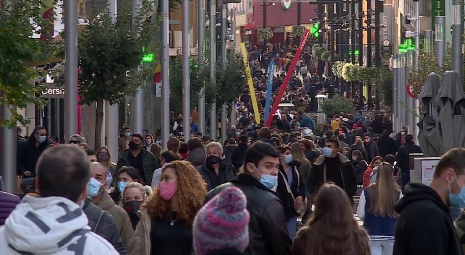 Covid: Alta transmissió comunitària a Andorra amb 246 nous casos i creixen els sanitaris infectats