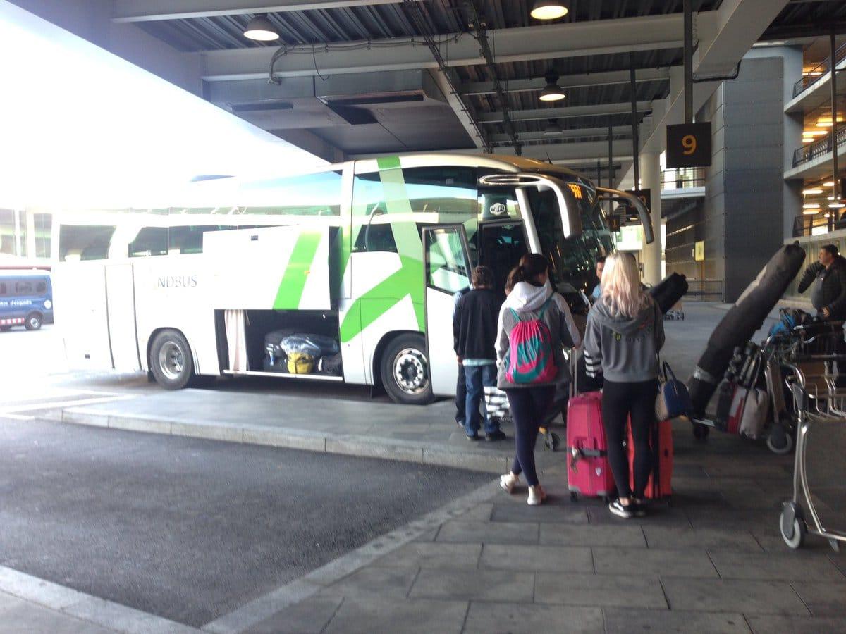 Una trentena d'empleats de la companyia de viatgers Andbus poden anar al carrer