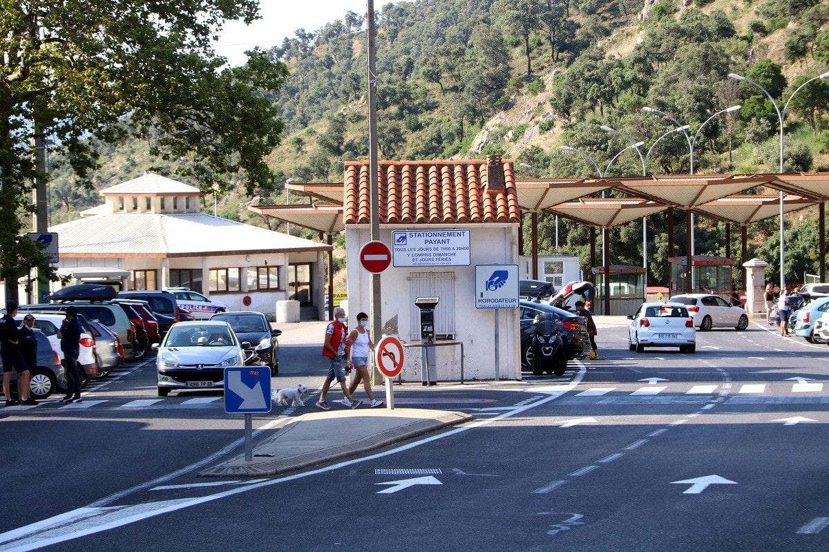 França tanca diversos passos fronterers secundaris amb Catalunya per l'alerta terrorista