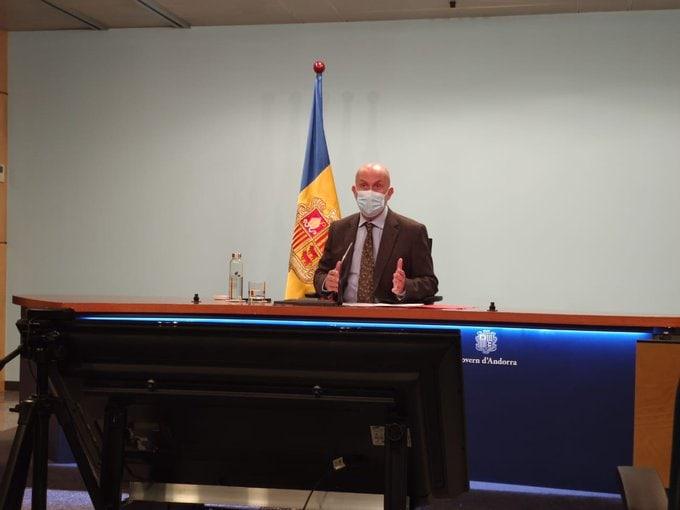 Contradiccions sobre els motius del retard en l'entrega i distribució de vacunes a Andorra