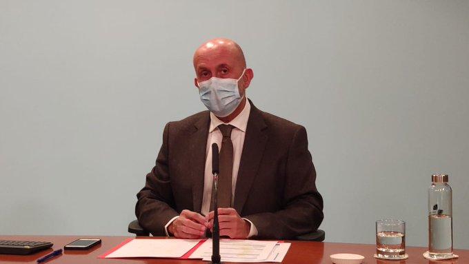 'Sine die' per a l'arribada de vacunes a Andorra mentre creix el nombre d'ingressats a l'UCI