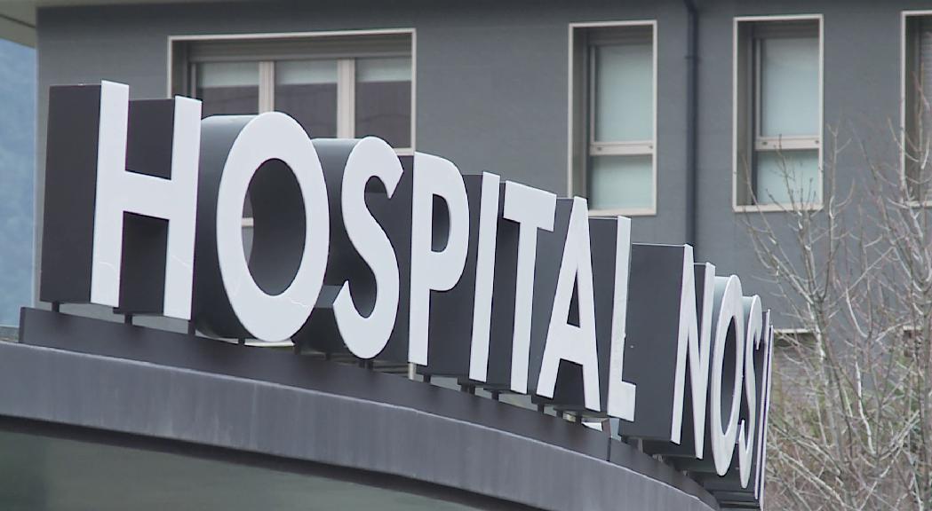 S'agreuja la pandèmia a Andorra amb un nou òbit, més hospitalitzats i positius, i sense vacunes