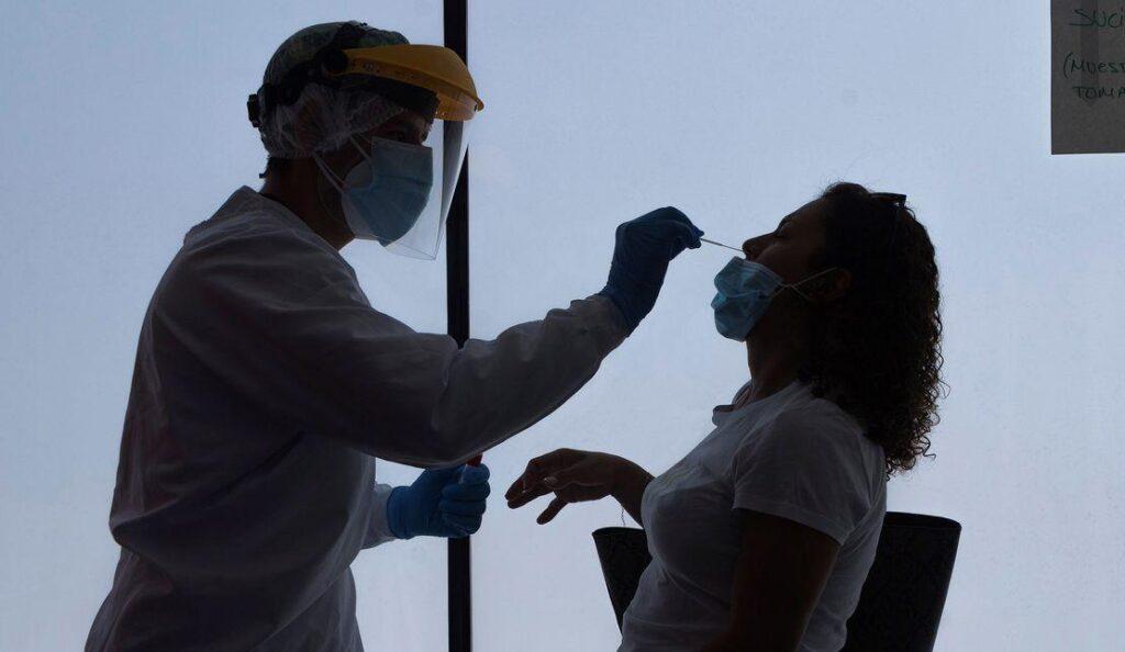 La pandèmia baixa lentament