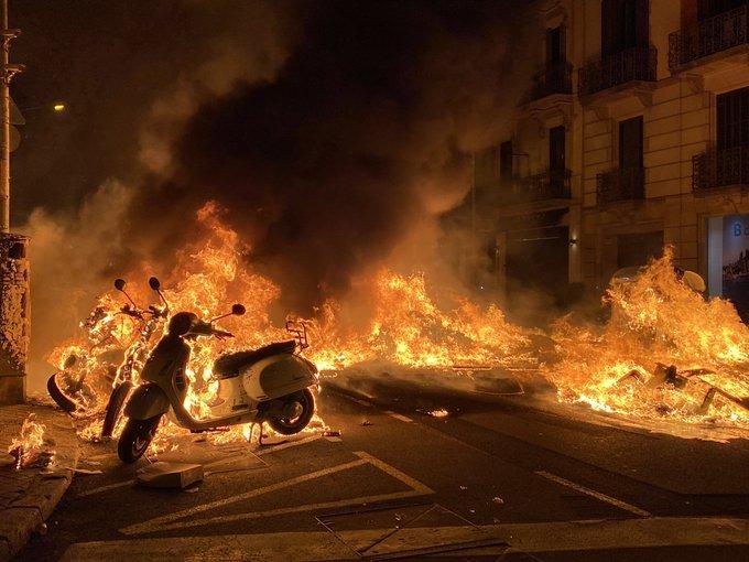Fàbrega no condemna la violència i Lladós justifica els atacs a determinats mitjans de comunicació